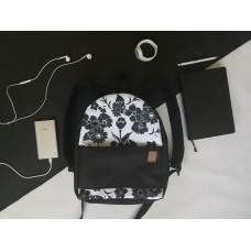 Рюкзак непромокаемый средний Черный Цветы черные